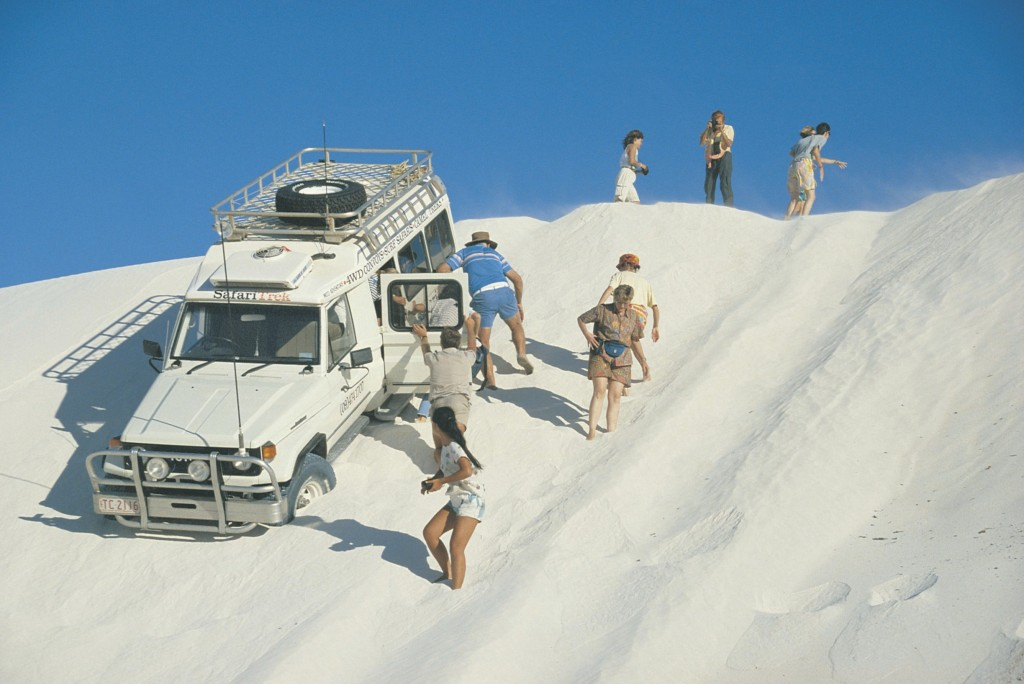 Safari Trek 4 wheel drive on sand dunes at Lancelin | Courtesy of Tourism Western Australia