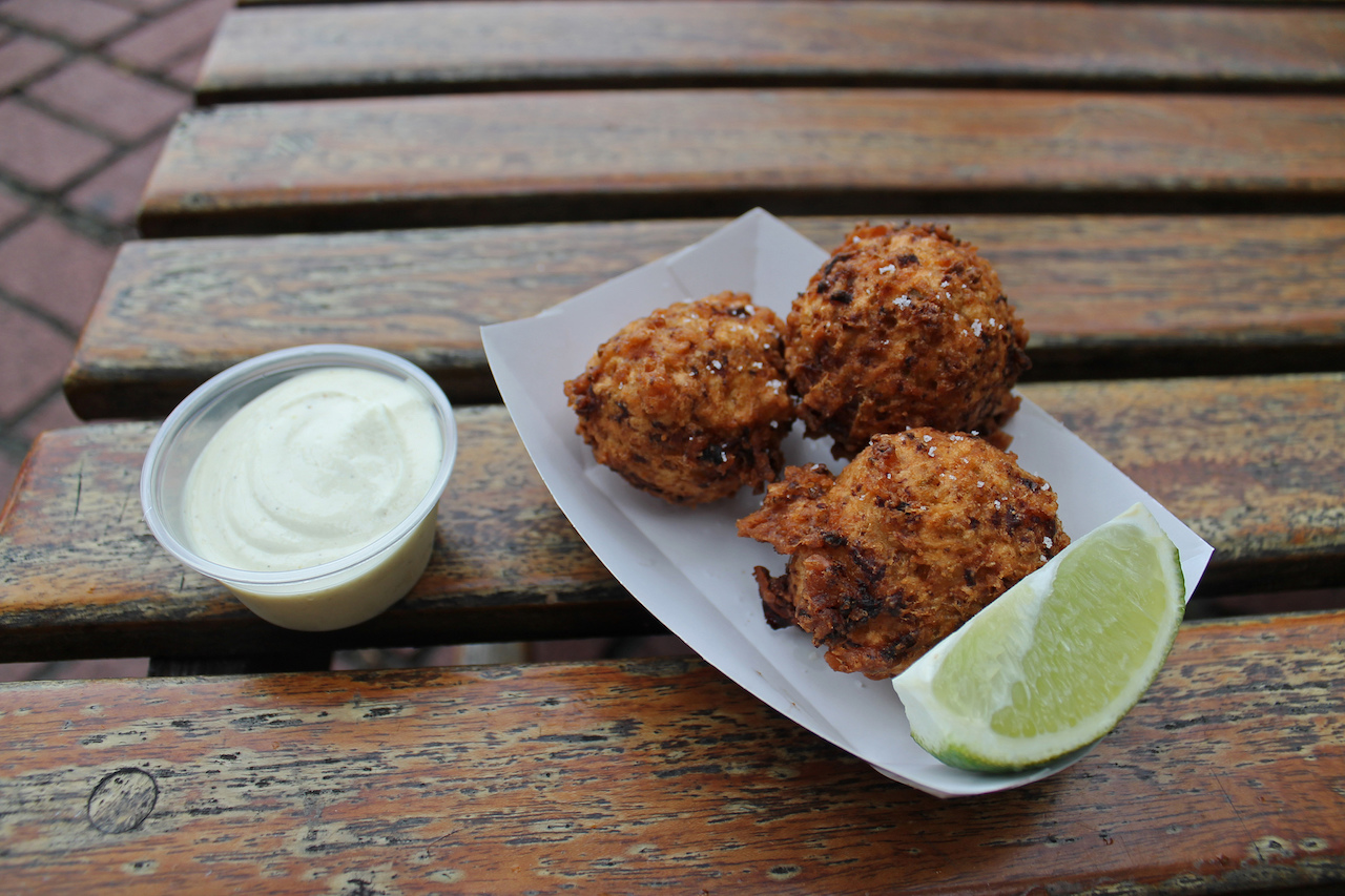 Conch Fritters | © istolethetv/Flickr