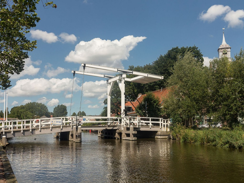 A bridge in Ouderkerk aan de Amstel | © Michielverbeek / WikiCommons