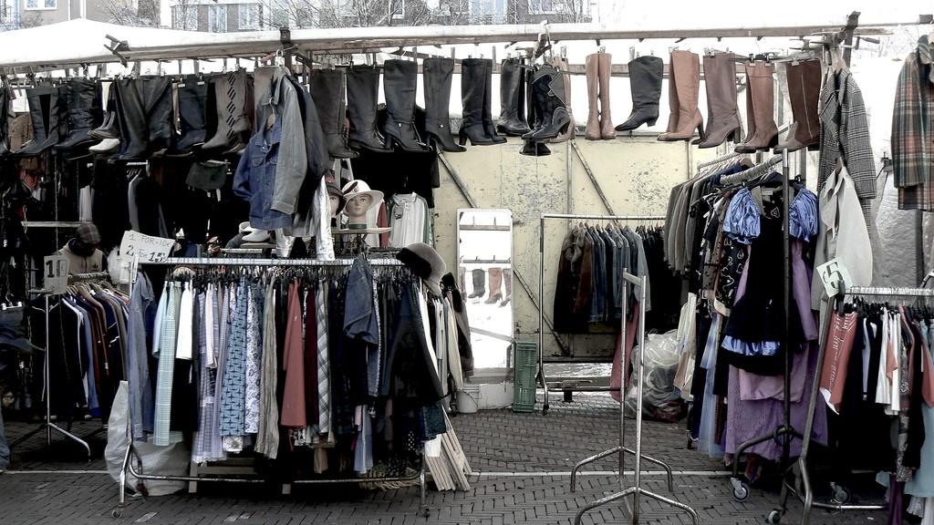 Waterlooplein Market | © Michell Zappa / Flickr