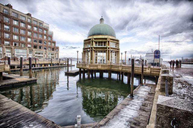 Harborwalk in the Seaport | ©John Hoey/Flickr