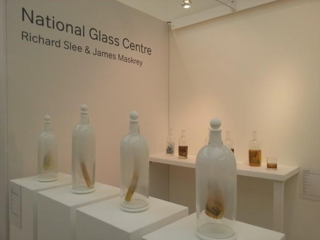 Richard Slee glass exhibit |©Craft Scotland/Flickr