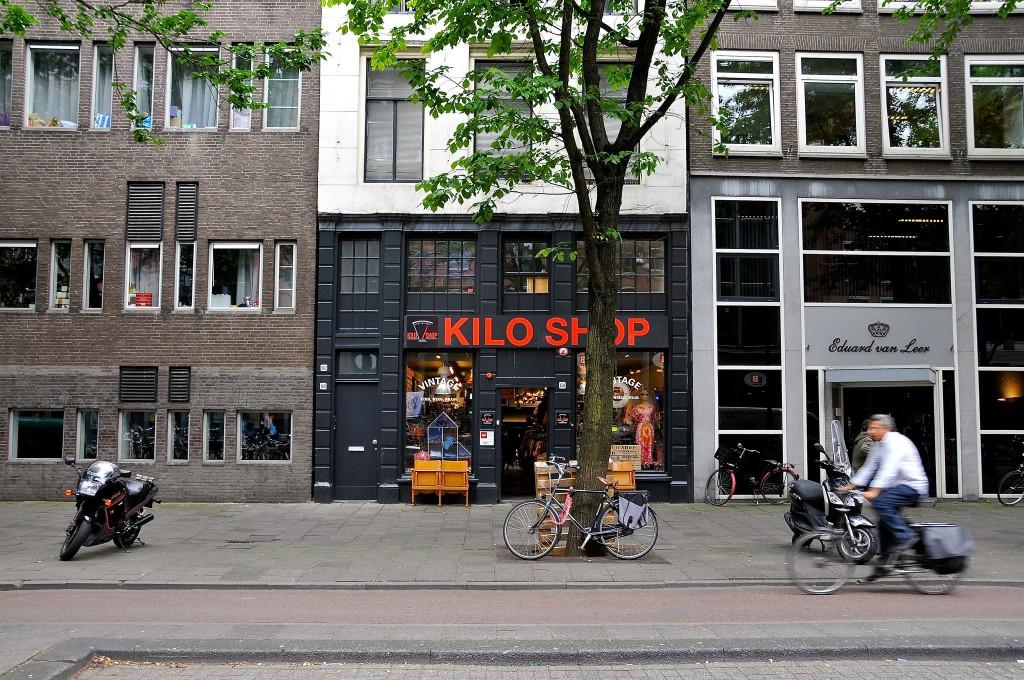 Amsterdam's largest Kilo Shop on Waterlooplein | FaceMePLS / Flickr