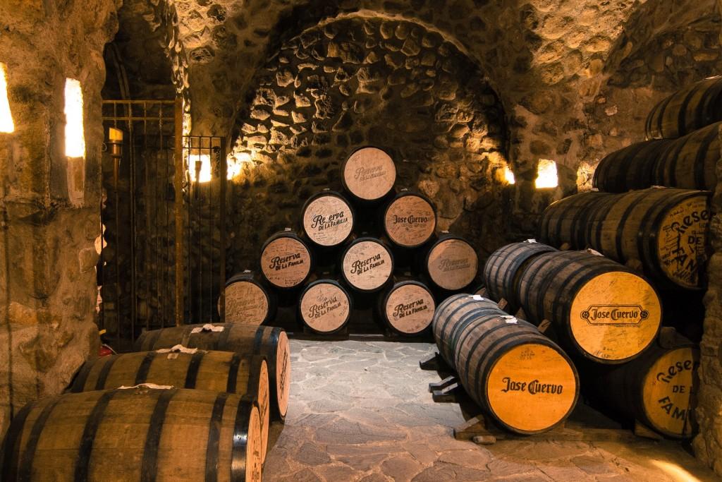 José Cuervo barrels | © zkropotkine/Flickr