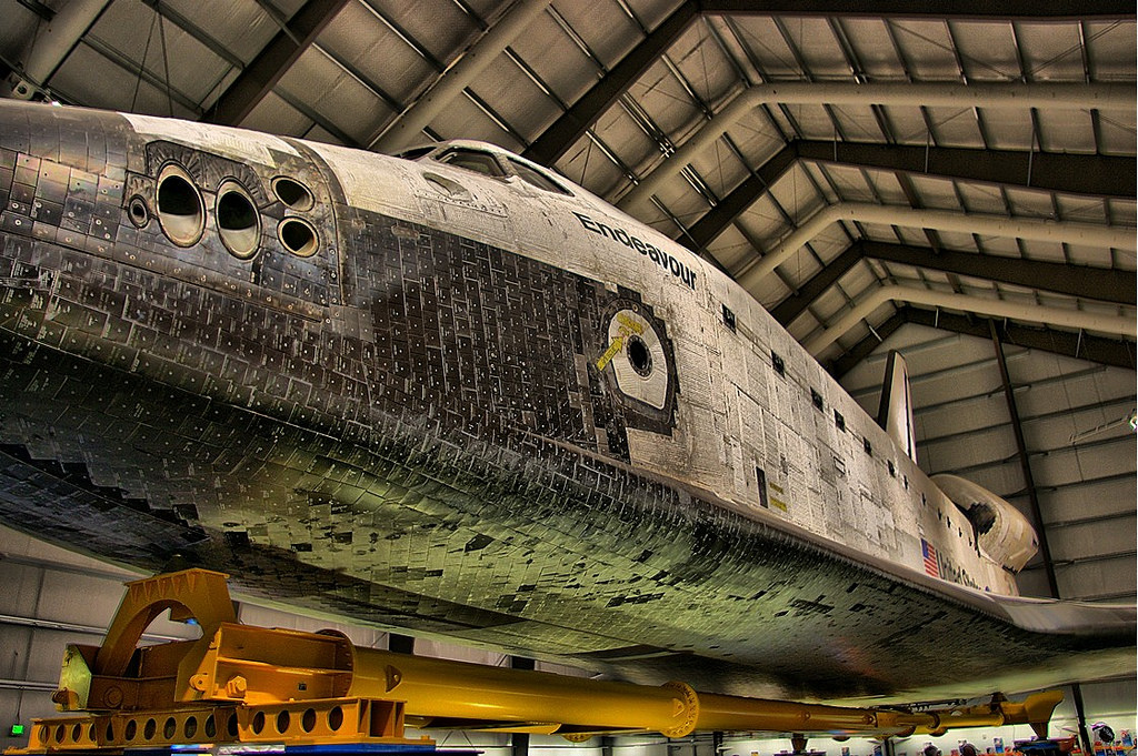 Space Shuttle Endeavour | © Ron Reiring/Flickr