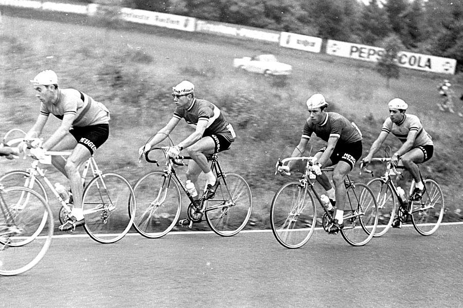 Merckx (first on the left) in an early stage of his career in 1966   © Brian Townsley/Flickr