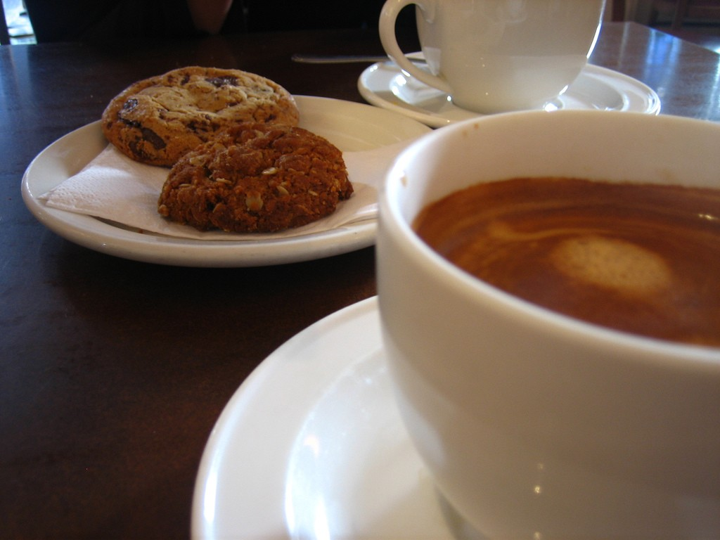 Coffee and biscuits   © Jeremy Keith / Flickr