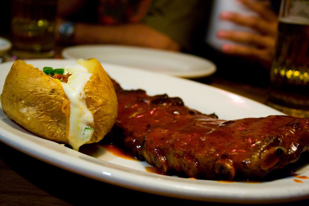 Ribs at Outback |© glaubercavalcante/Flickr