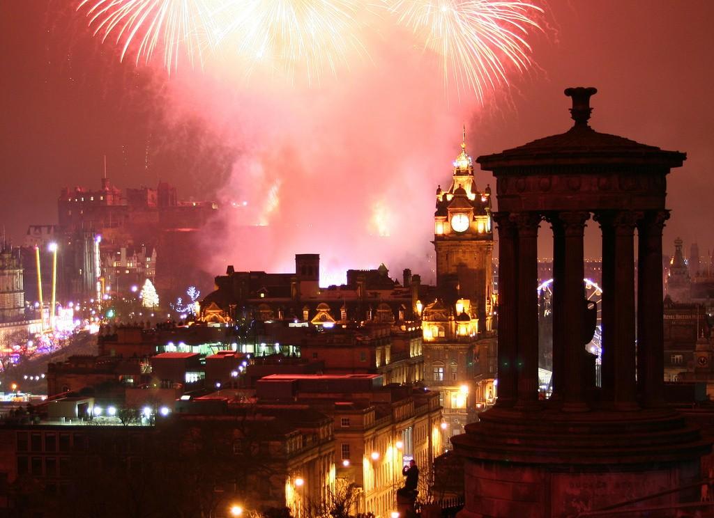 Fireworks Over Edinburgh | © Robbie Shade/Flickr