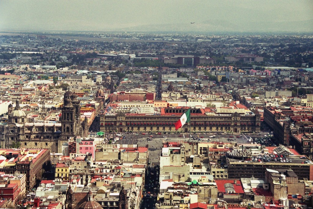 Zócalo from above   © Andre Deak/Flickr