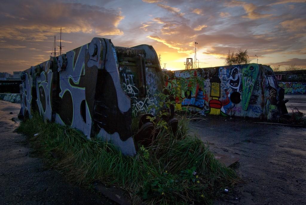The northern docklands can get eerie after dark   © Bas Leenders / Flickr