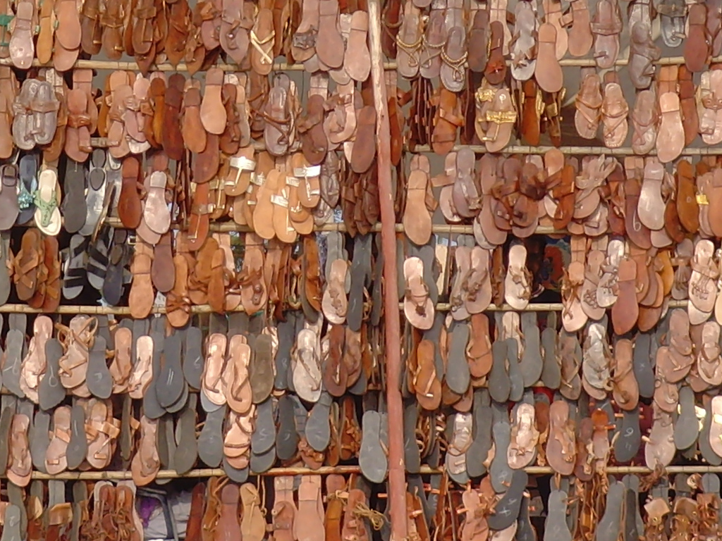 Leather sandals |© Klaus Nahr/Flickr