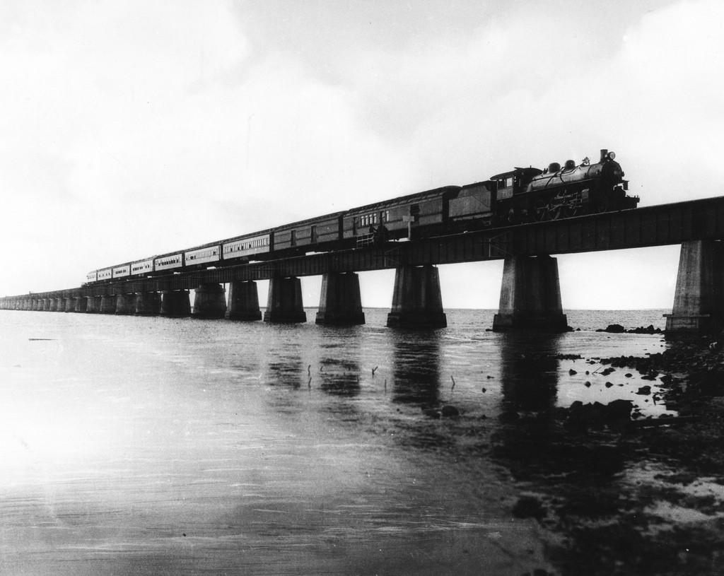 Florida East Coast Railway, Key West Extension. Train crossing the Seven Mile Bridge C 1920 | Photo courtesy of The Florida Key Public Library/Flickr