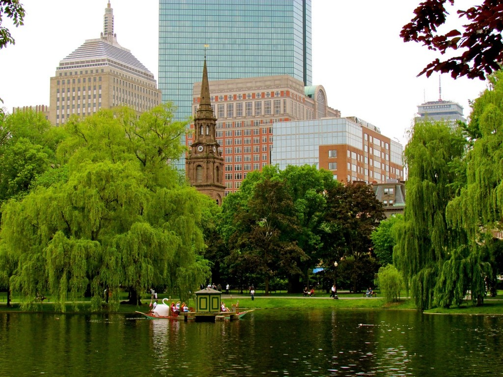Boston Public Garden | ©Jeff Gunn/Flickr