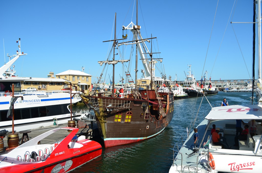 Charter boats at the V&A Waterfront © Joe Turco/Flickr