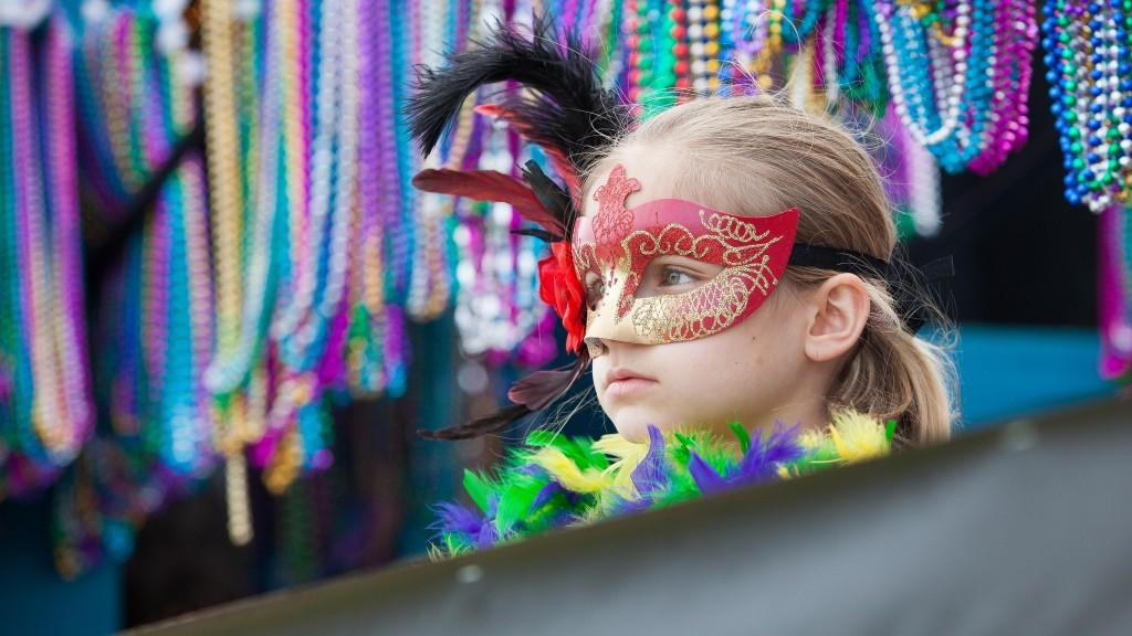 The Krewe of Highland Parade, Shreveport, Louisiana   © hreveport-Bossier Convention and Tourist Bureau/Flickr