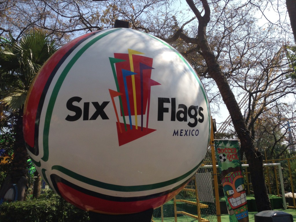 Six Flags Mexico | © Martin Lewison/Flickr