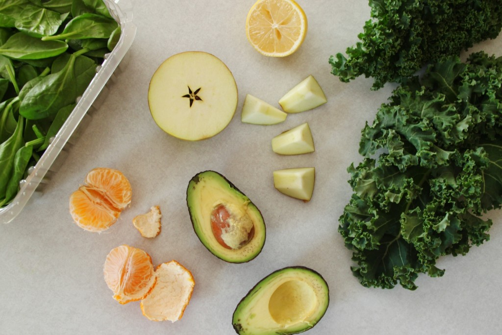 Green smoothie ingredients | © Stacy/Flickr