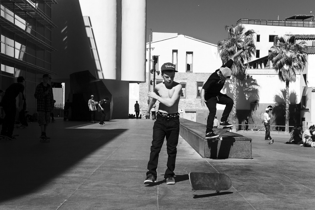 Skaters at MACBA | © Jonathan Petit