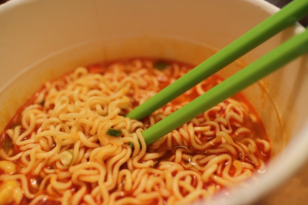 Instant noodles from Nissin brand   © Elsie Hui/Flickr