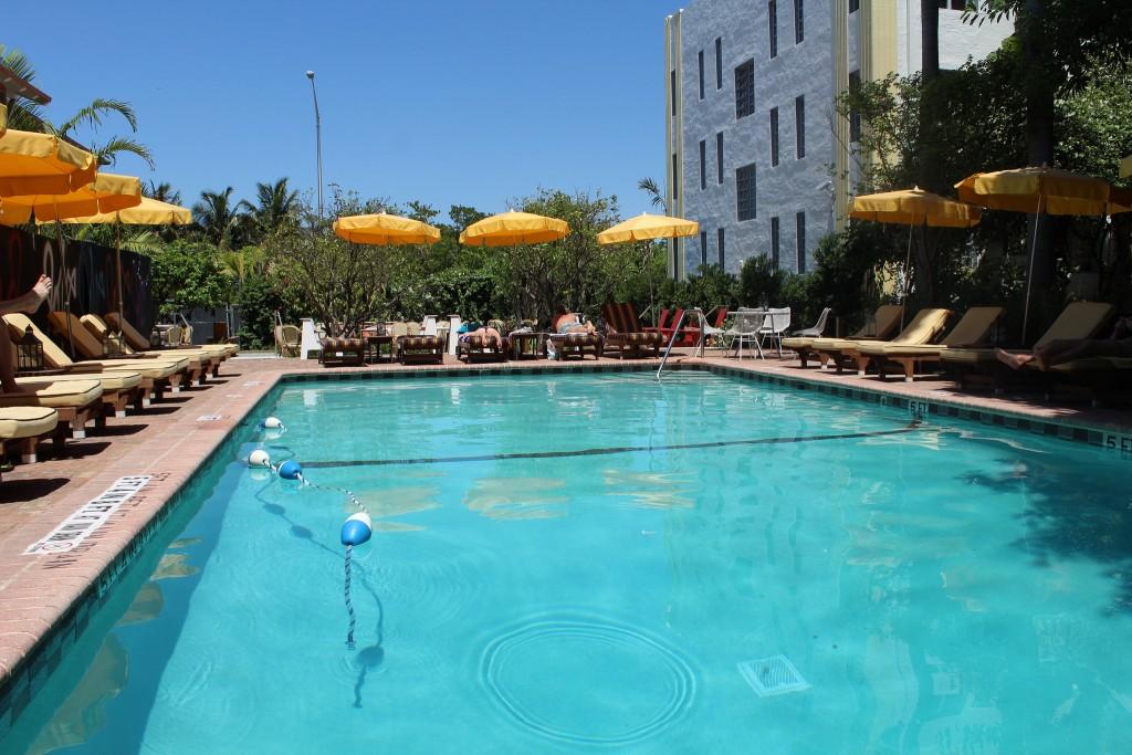 Poolside at Freehand Hostel, Miami Beach | Yonolatengo/Flickr