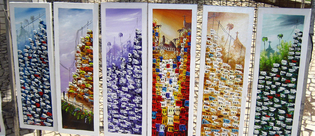 Art at the hippie fair |© Keetr/Flickr