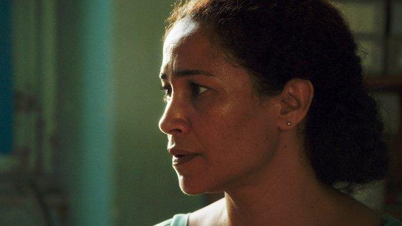 Fearing for Farah: Ghalia Benali as the anxious mother, Hayet | Fox Lorber