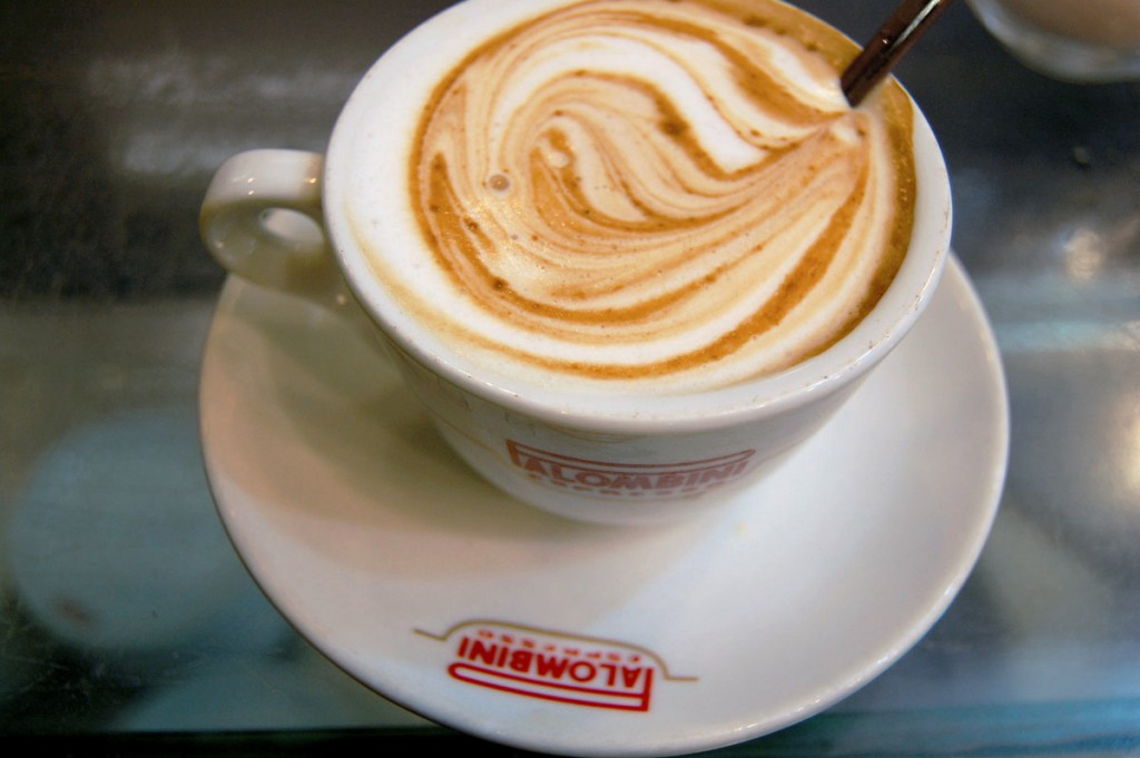 Cappuccino   © Livia Hengel