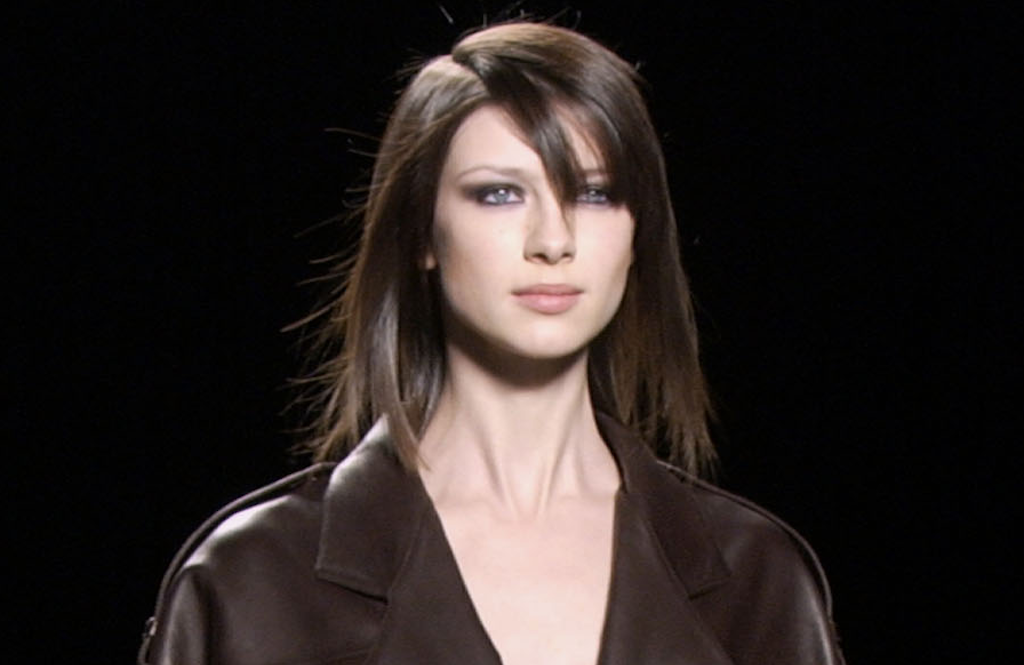 Balfe on the runway for Michael Kors in 2003 | © Narciso003/WikiCommons