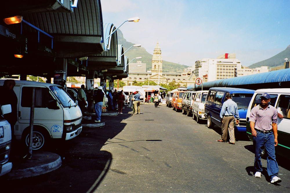 Cape Town Taxi Rank © Henry Trotter/WikiCommons