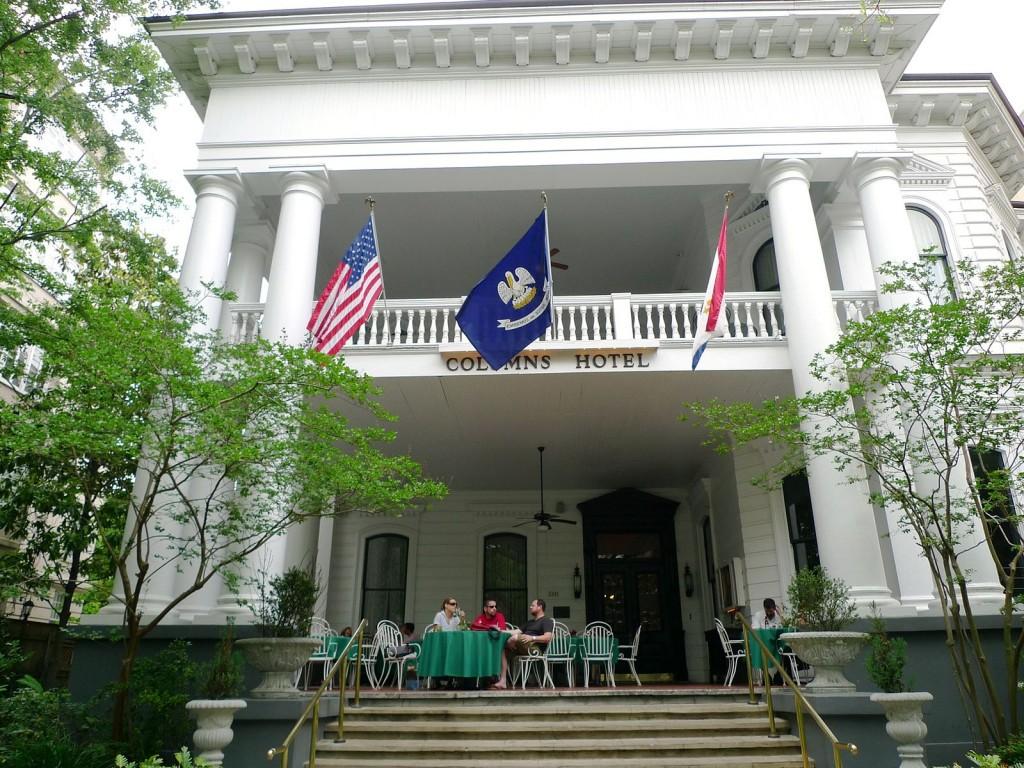 Columns Hotel, New Orleans   © Ann Larie Valentine/WikiCommons