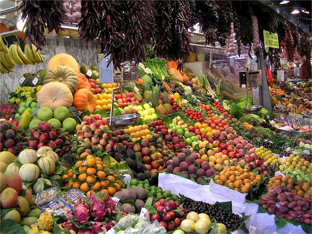 Locally grown fruits and vegetables at the Fairchild Farmers Market | Pixabay