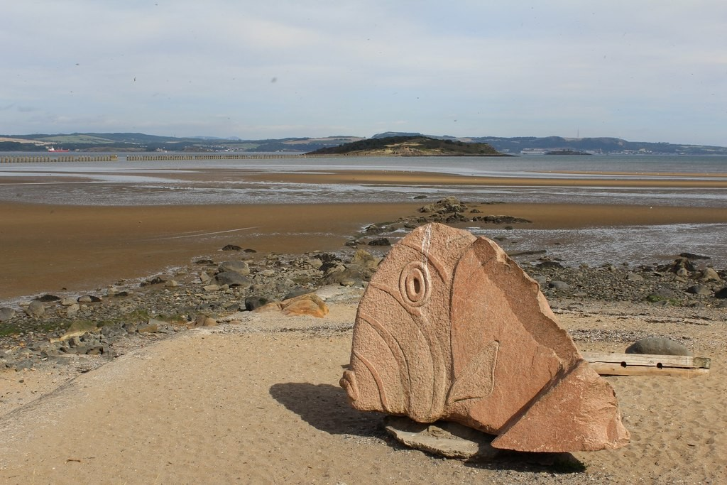 The Cramond Fish   © Leslie Barrie/geograph