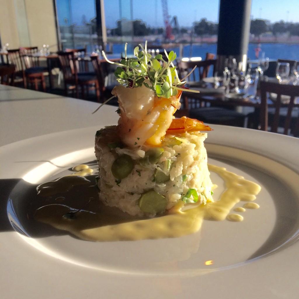 Mandurah blue manna crab and pea risotto, garlic prawns | Courtesy of Redmanna