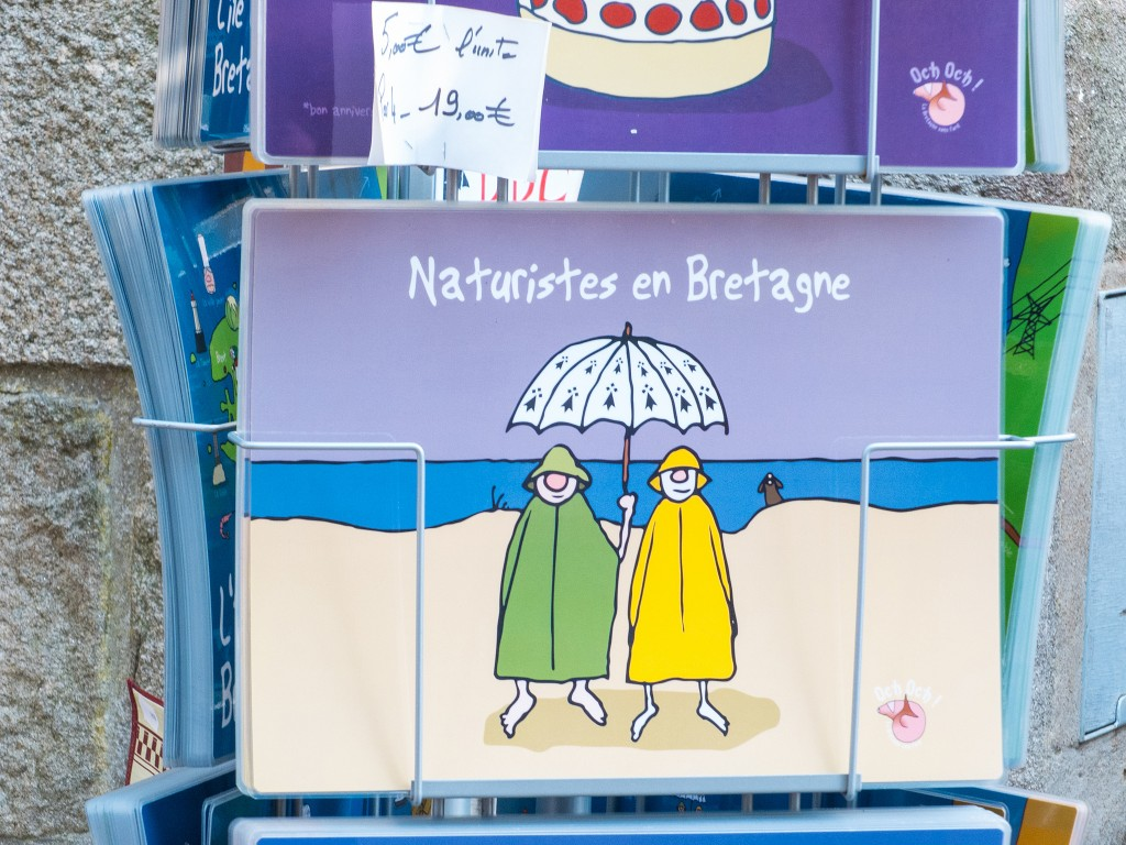 Ironic, naturism-themed postcard │© ludovic