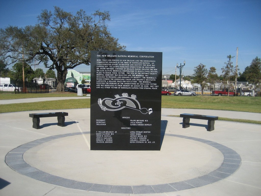 omb monument for unidentified corpses from the dead of the Hurricane Katrina levee failure disaster of 2005 | © Infrogmation of New Orleans/WikiCommons
