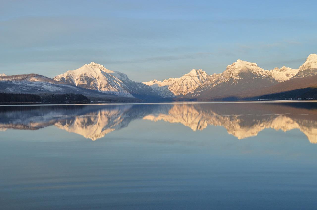 Lake McDonald | Public Domain/Pixabay