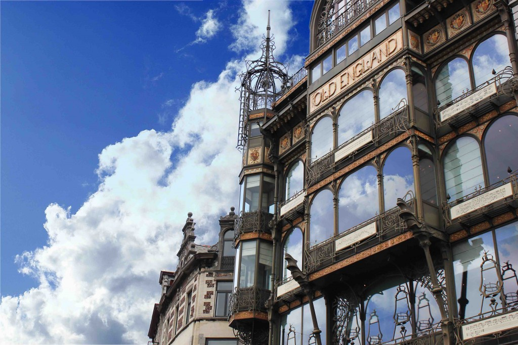 The capital's Musical Instruments Museum (MIM) is housed inside the former Old England shops with their impressive wrought iron detailing by Paul Saintenoy | © Jean-Pol Lejeune/courtesy of visitbrussels.be