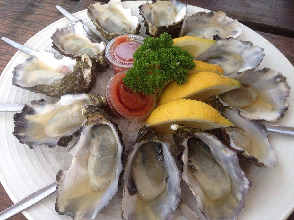 Fresh oysters | © Caroline C. / Yelp