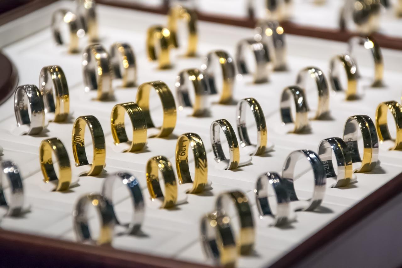 Rings © Pexels