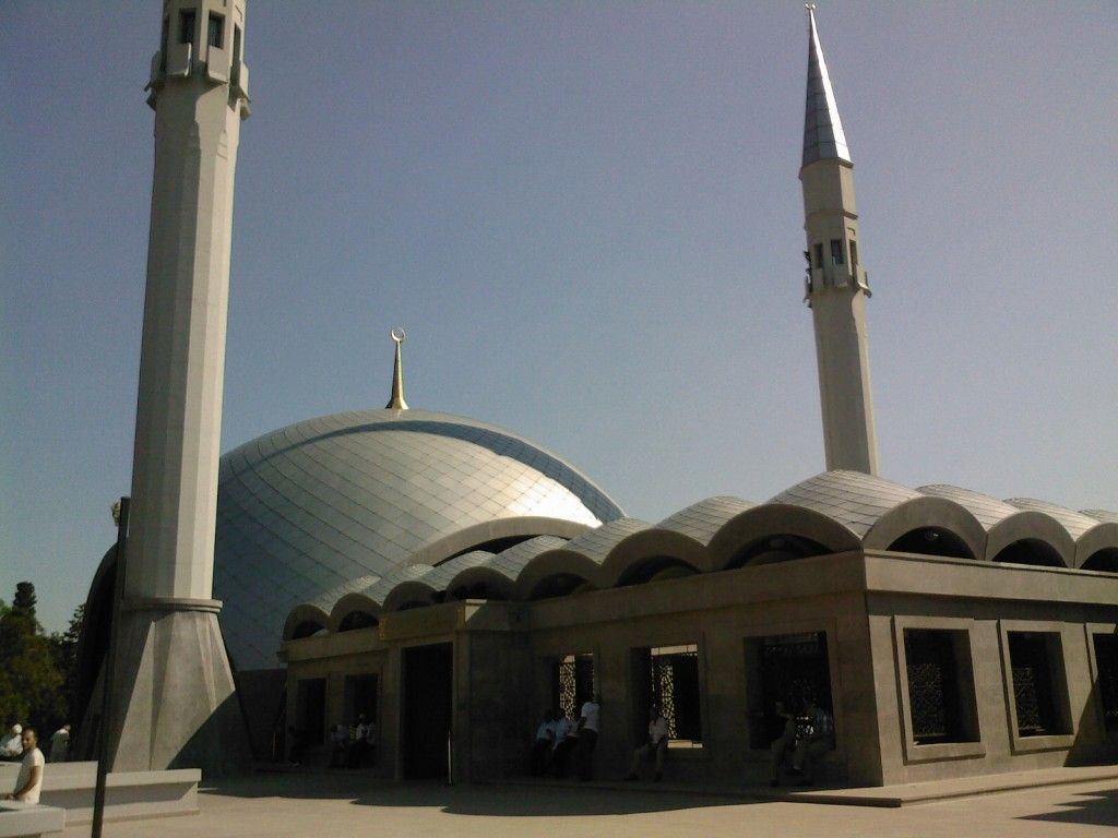 Sakirin_cami_dıs_gorunum