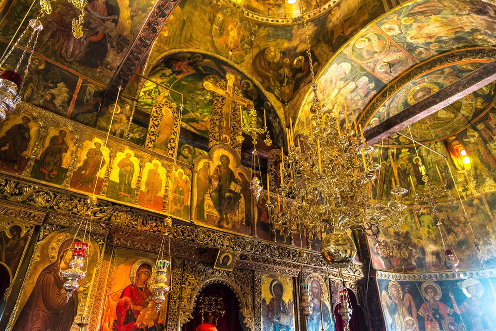 Interior of monastery in a summer day in Meteora, Greece ©S-F / Shutterstock