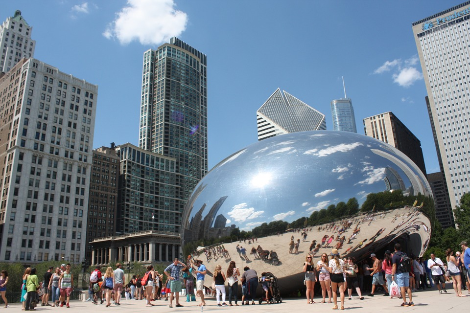 Cloud Gate at Millennium Park, courtesy of Pixabay