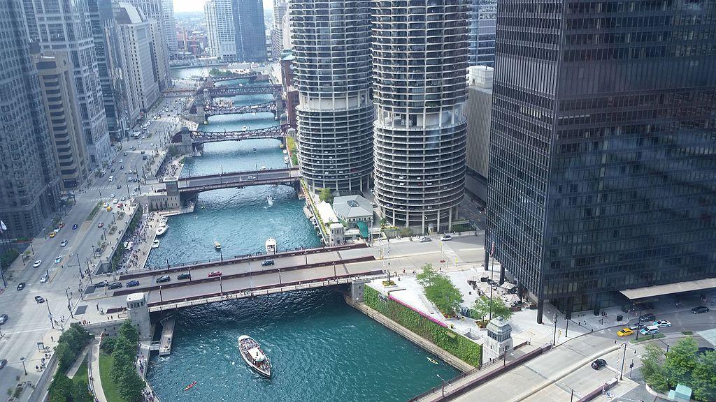 Hotels Near The Riverwalk In Chicago