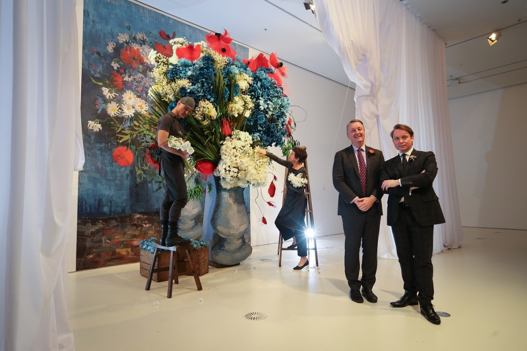 Media Announcement photos - Flowers Vasette installationfrom Elisabeth Alexander