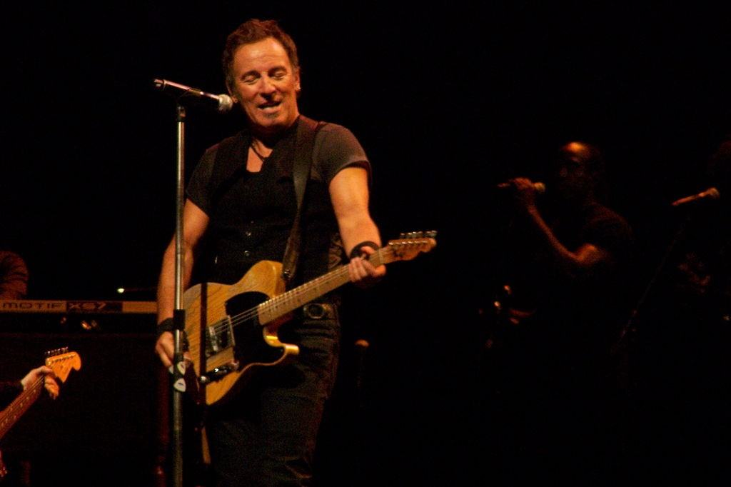 Bruce Springsteen on stage | © Wikipedia Commons