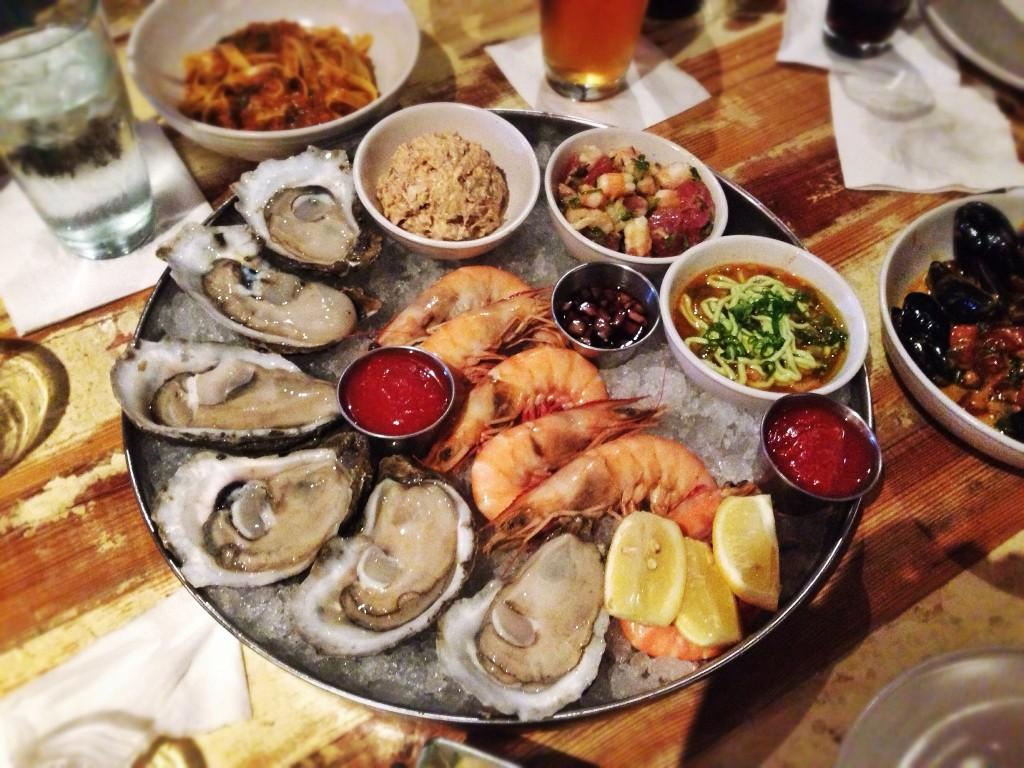 Oyster Platter | © T.Tseng/Flickr