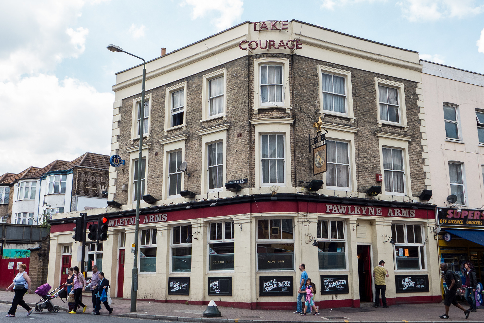 Penge Pub by Ewan Munro/Via Flickr
