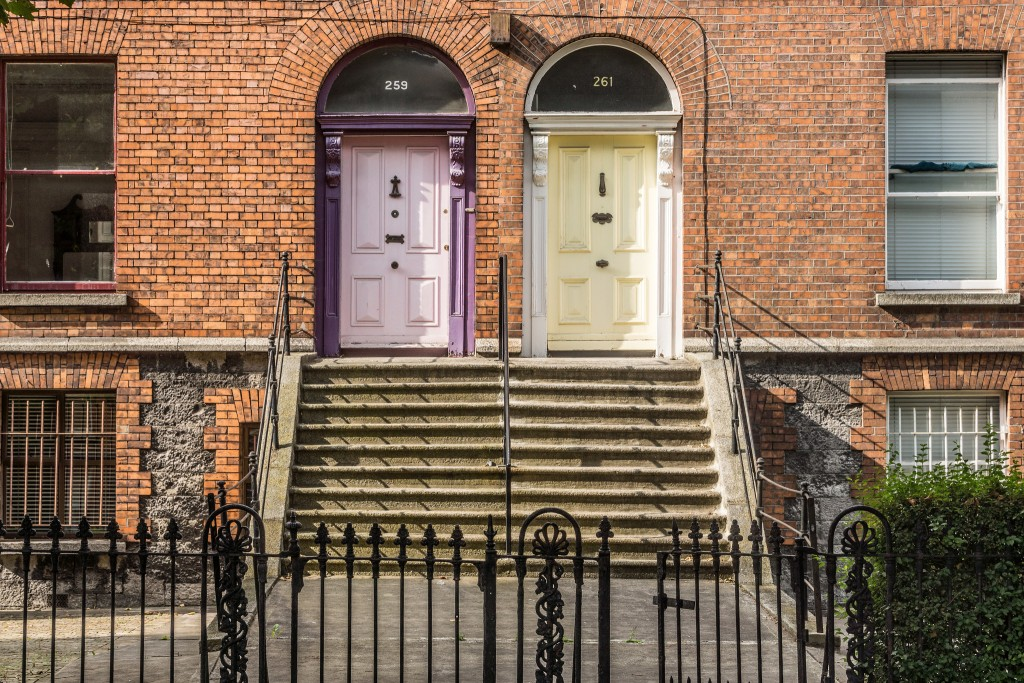 Doors of Dublin | © William Murphy/Flickr & Dublinu0027s Coloured Doors: From Trend To Trademark pezcame.com