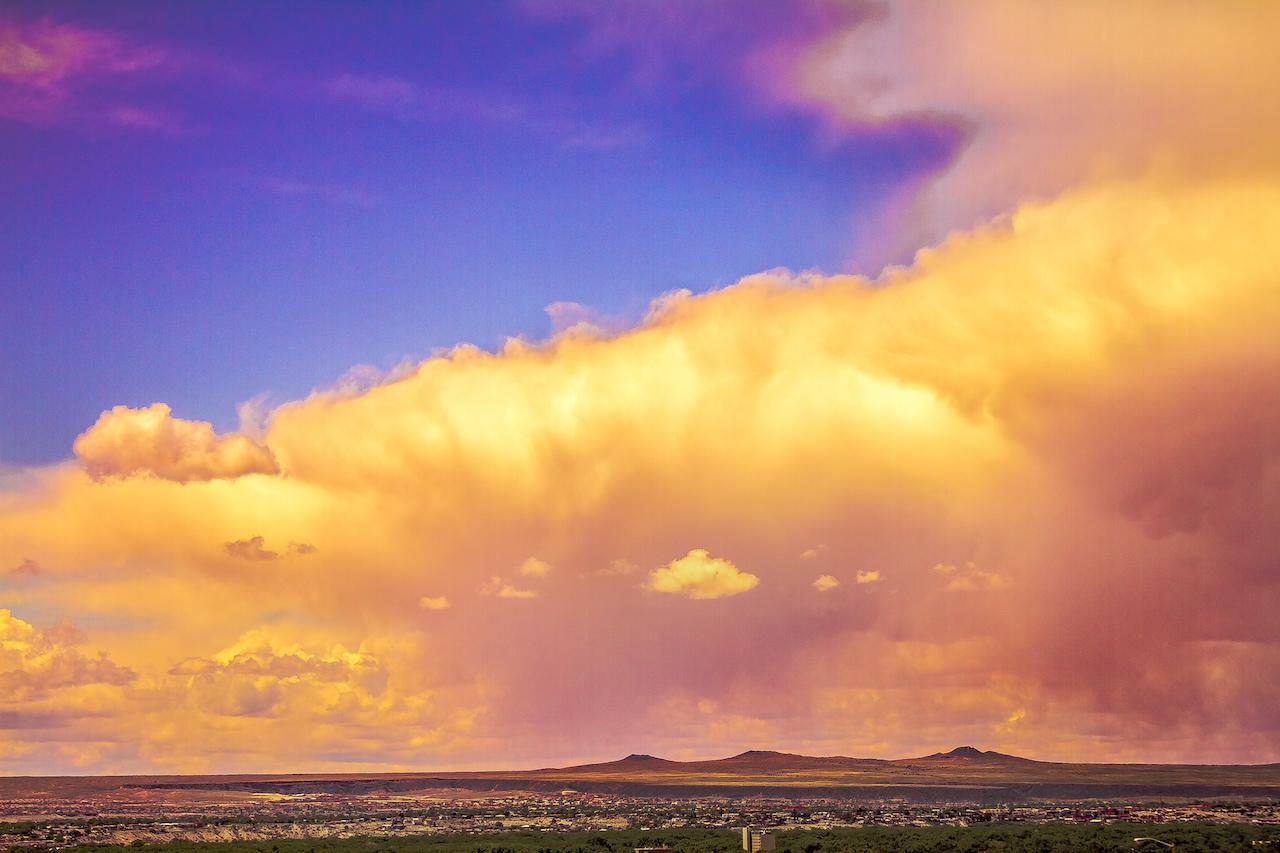 Volcanoes Along the Horizon | © I am New Mexico/Flickr